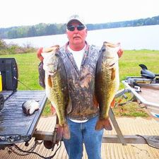 Jeff Brumfield 2 over 9 lbs Same Thing stick bait